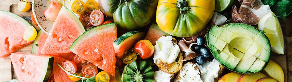 alimentation, crudites, salades, fruis et tomates